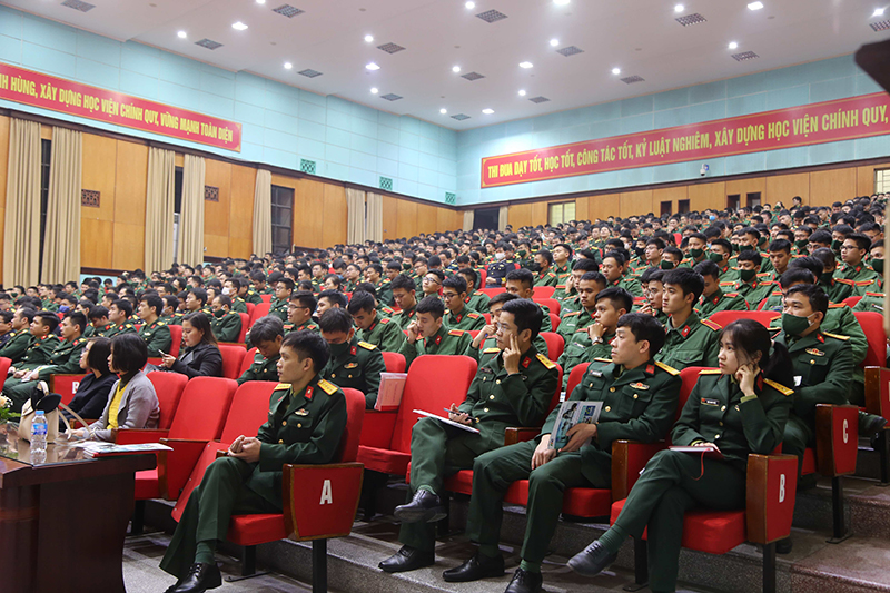Toàn cảnh buổi Tọa đàm với đông đảo học viên tham gia